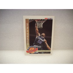 1993 NBA Hoops Shaq Magic's...