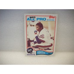 1982 Topps Lawrence Taylor...